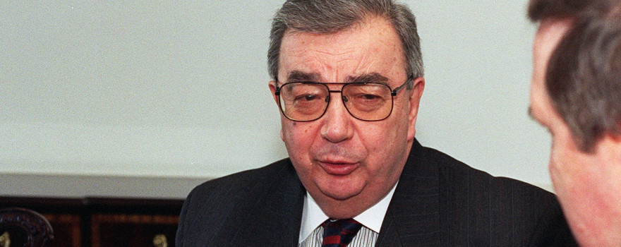 Yevgeny Primakov file photo, with William Cohen in partial profile