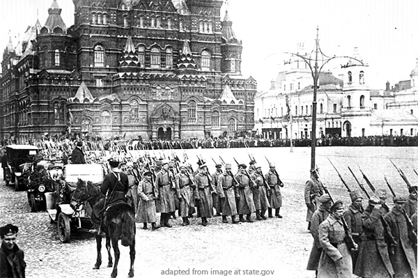 Ever More Russians Drawing Analogies between Russia Now and Russia in 1917, Kagarlitsky Says